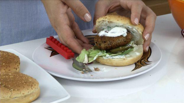 burgery-z-fasoli-naprawde-sa-pyszne-fot-artur-wyrzykowski
