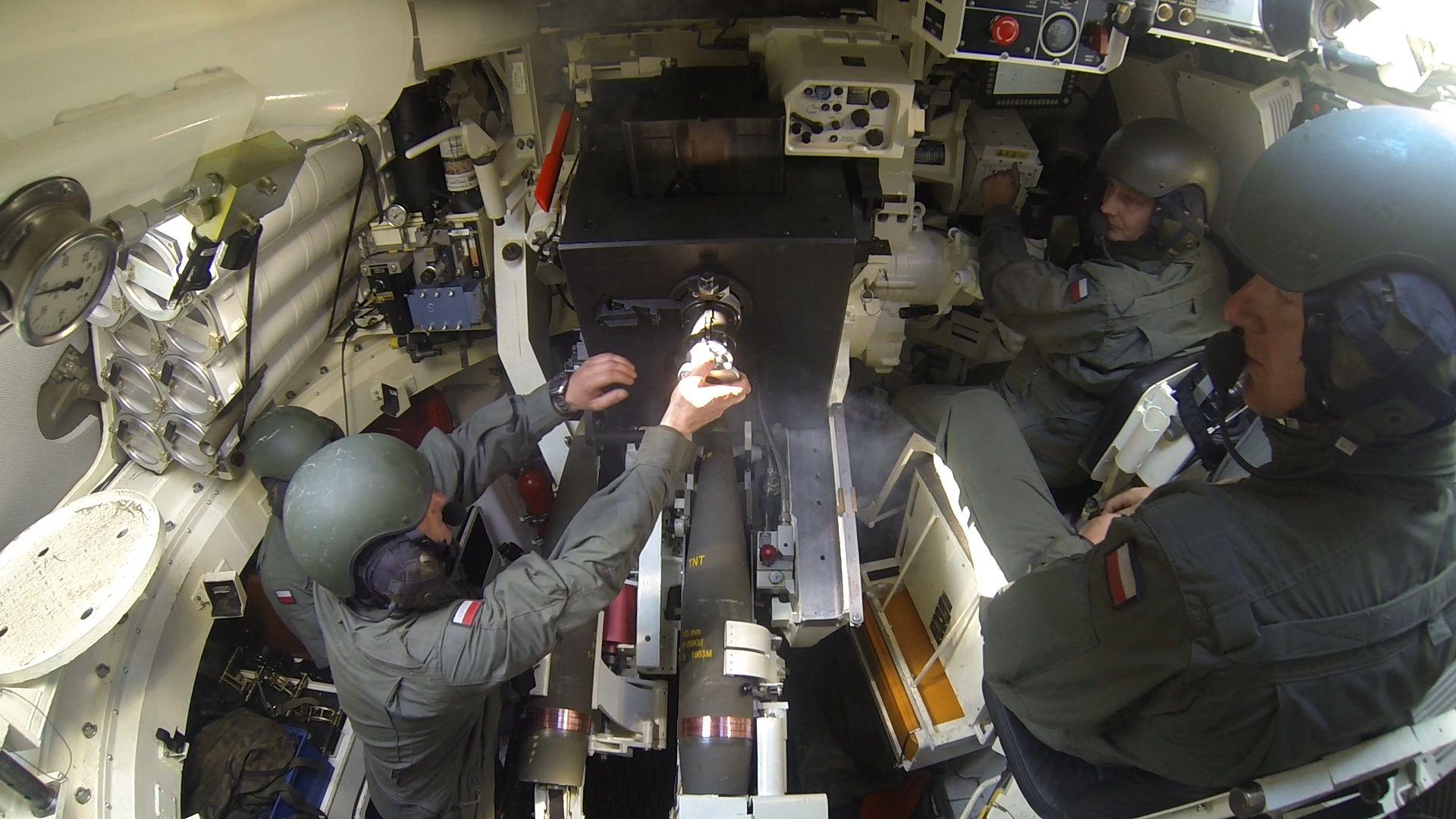 Armatohaubica Krab – duma polskiego przemysłu zbrojeniowego