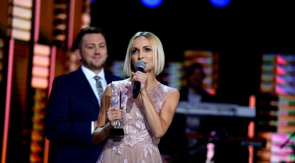 Wokalistka otrzymała nagrodę specjalną Programu 1 TVP! (fot. TVP)
