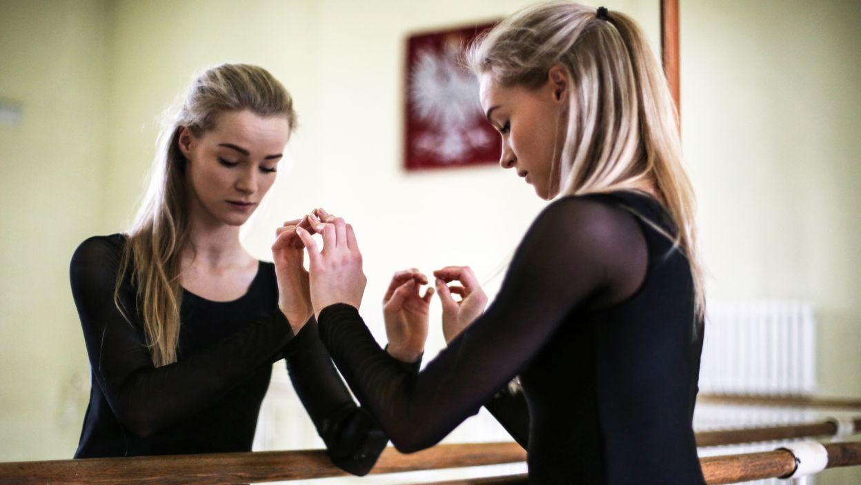 Hanna Szychowicz, 17. Uczennica Ogólnokształcącej Szkoły Baletowej im. Feliksa Parnella w Łodzi (fot. Zuza Gąsiorowska)