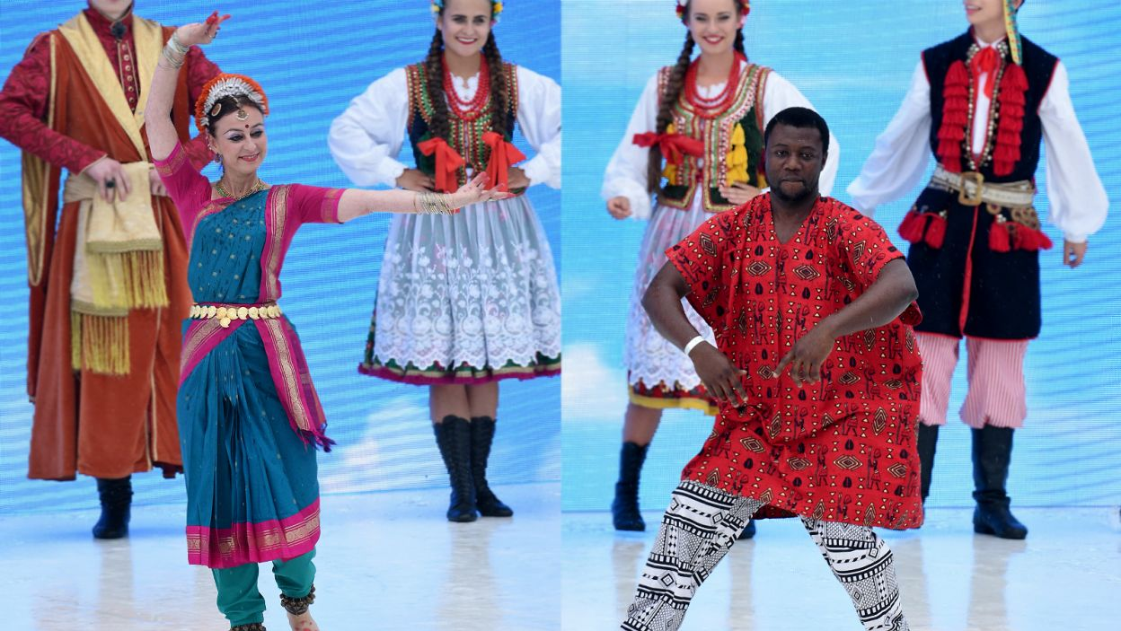 ... a towarzyszyły mu pokazy tańca indyjskiego i afrykańskiego... (fot. PAP)