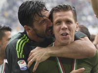 Szczęsny znów będzie rywalizował z legendą? Buffon blisko Juventusu