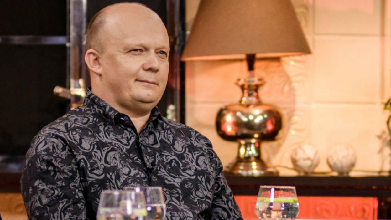 Jakuba nie opuszczał dobry humor. Czy to oznacza, że związek kwitnie? (fot. TVP)