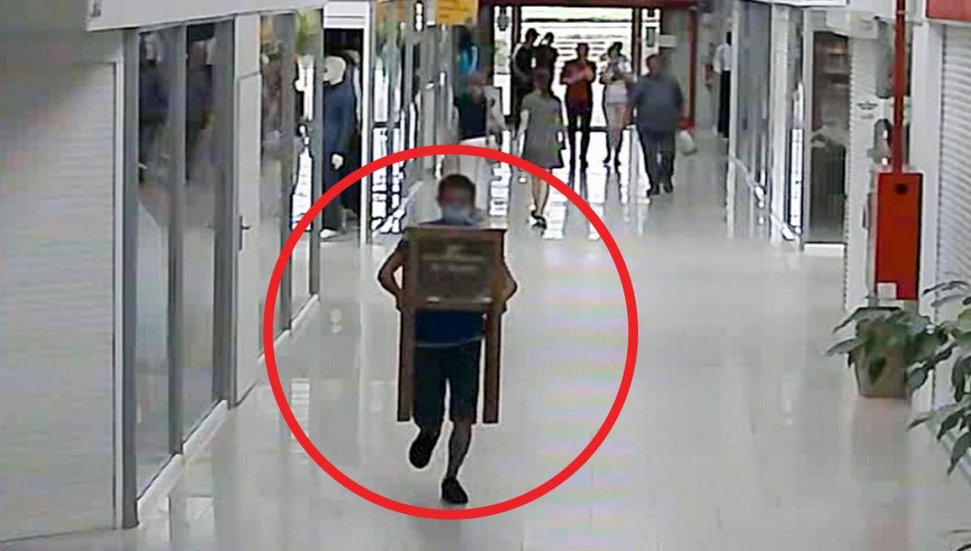 Straty oszacowano na blisko 2 tys. złotych (fot. Policja)