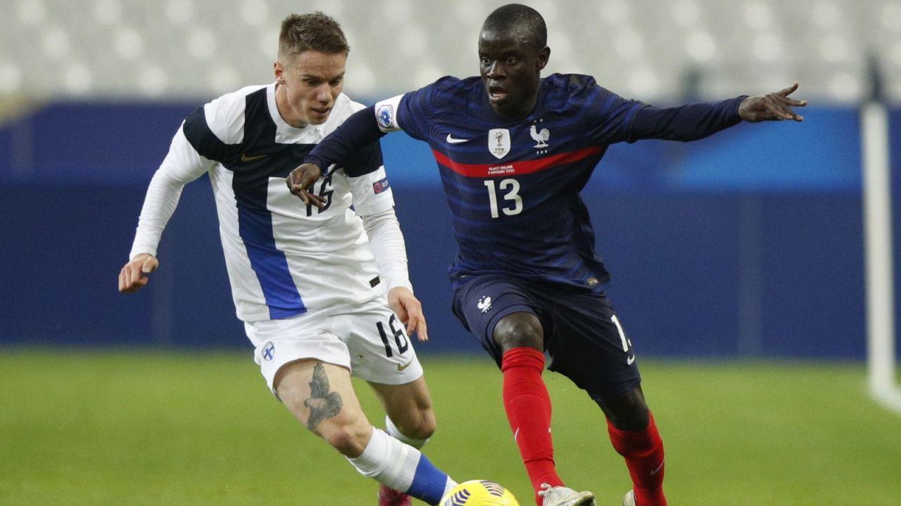Francja – Finlandia 0:2. Sensacyjna poraża mistrzów świata na Stade de France (sport.tvp.pl)
