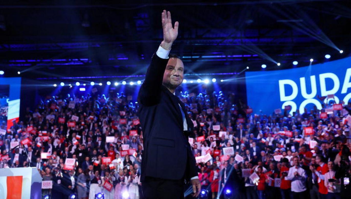 Na pierwszą oficjalną konwencję prezydenta Andrzeja Dudy trudno było się dostać jego zwolennikom z całej Polski (fot. PAP/Rafał Guz)