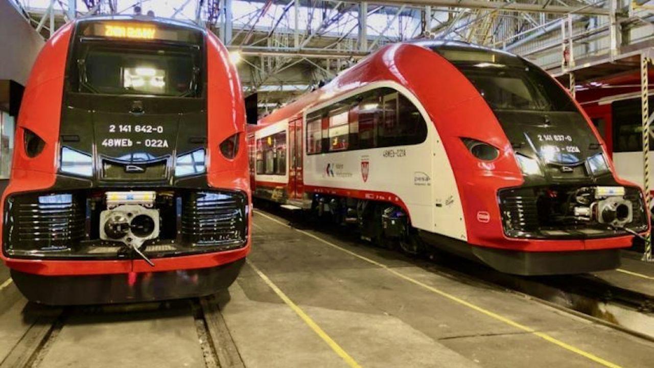 Pięcioczłonowe, elektryczne zespoły trakcyjne Pesa Elf 2 wyprodukowane dla Wielkopolski mają 90,5 m długości  (fot. Materiały prasowe Pesa)