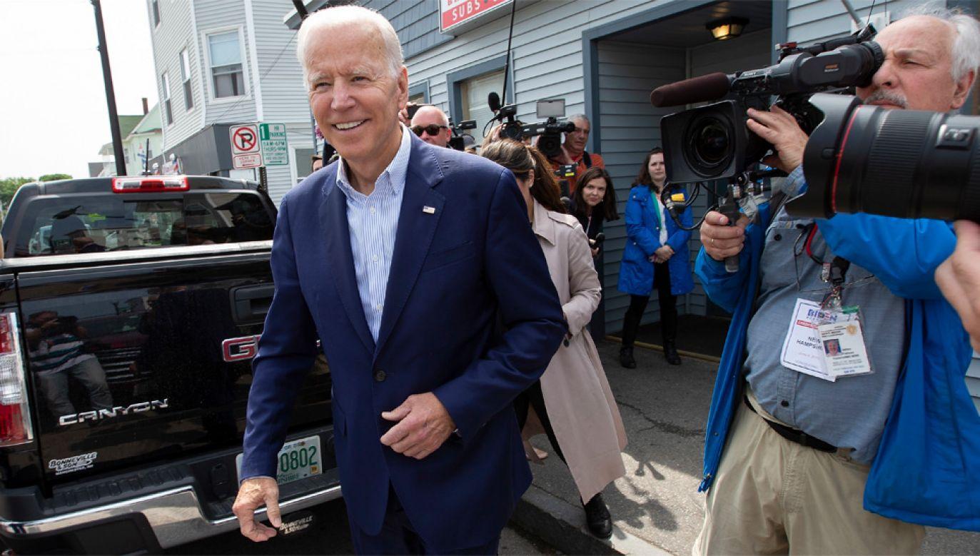 Joe Biden ma obecnie największą szansę na nominację Partii Demokratycznej (fot. PAP/EPA/CJ GUNTHER)