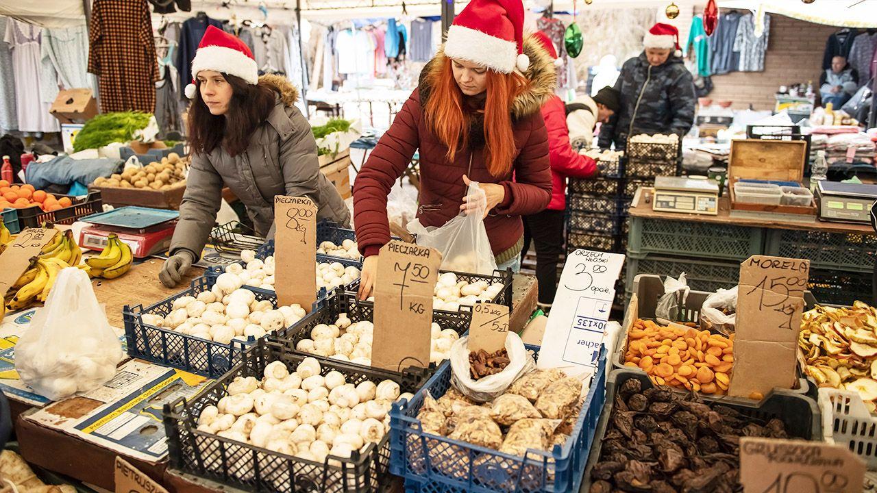 Co drugi Polak stara się, by świąteczne potrawy były zdrowsze, m.in. odpowiednio dobierając składniki (fot. PAP/Wojciech Pacewicz)