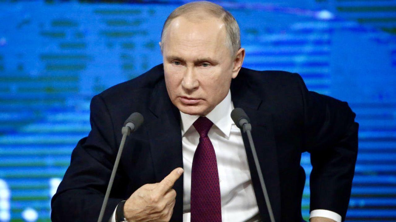 Rosja zamierza kontynuować ostry kurs dyplomatyczny przeciw USA (fot. Mikhail Svetlov/Getty Images)