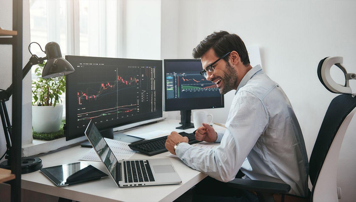 Premier podkreślał, że sukces przedsiębiorców musi wiązać się ze wzrostem ich produktywności oraz konkurencyjności (fot, Shutterstock/Dima Sidelnikov)