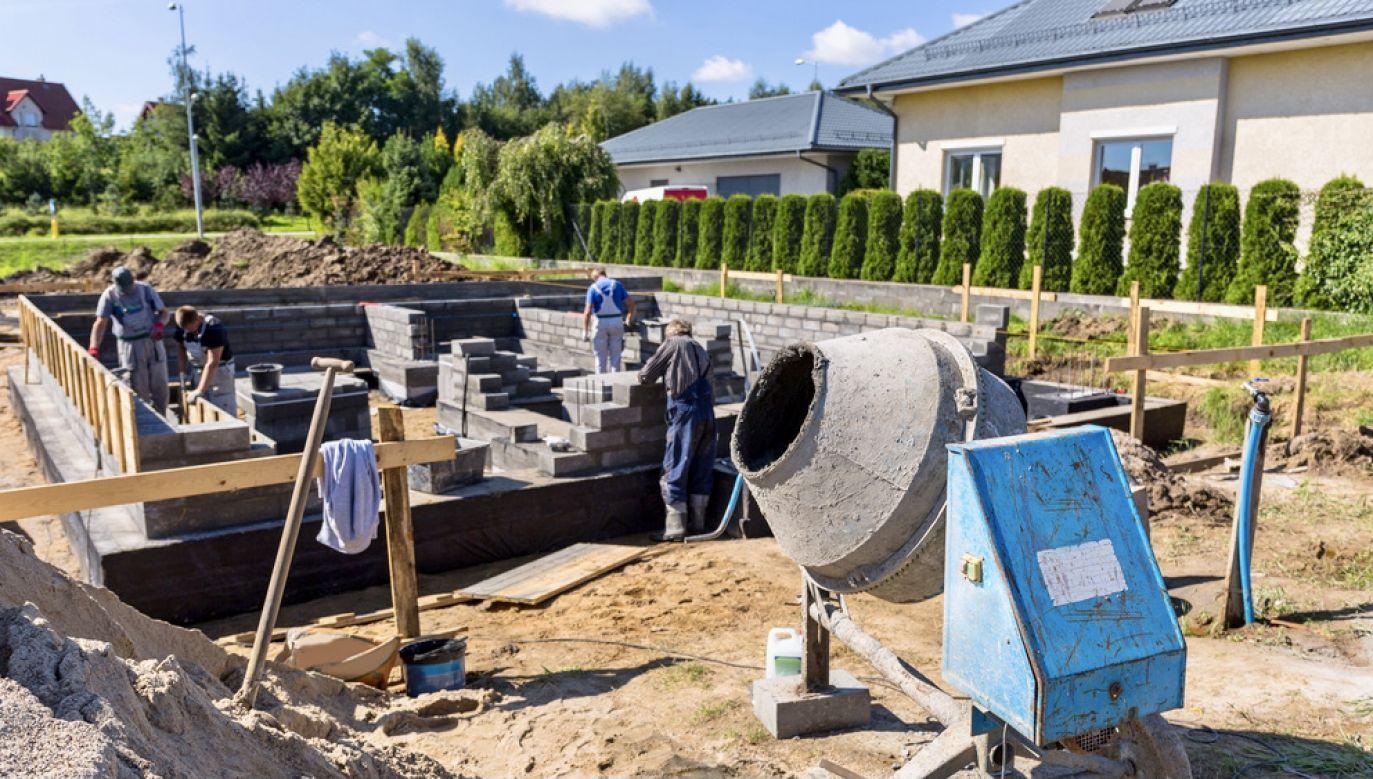 Zainteresowanie działkami budowlanymi wzrosło w ciągu roku o 71 proc. (fot. Shutterstock/Patryk Kosmider)