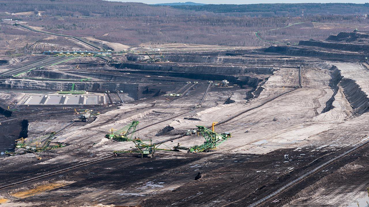Kopalnia i elektrownia Turów należą do spółki PGE Górnictwo i Energetyka Konwencjonalna (fot. Shutterstock/Lukasz Barzowski)