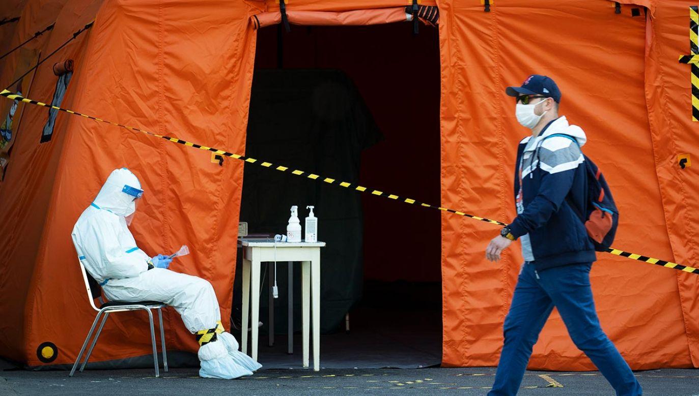 W mazowieckich szpitalach z powodu Covid-19 przebywa blisko 2,5 tys. pacjentów (fot. Jaap Arriens/NurPhoto via Getty Images)