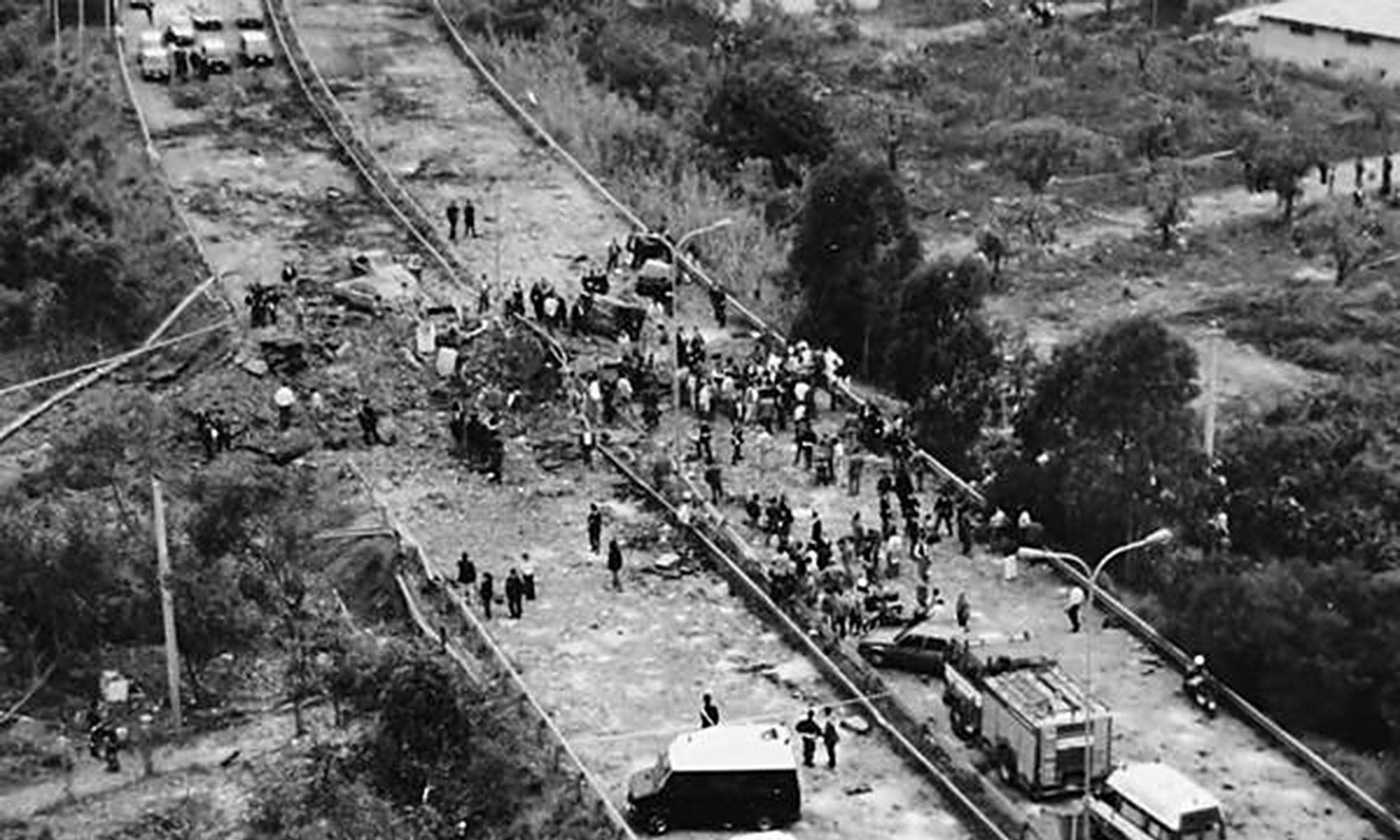 Zamach dokonany przez sycylijską mafię 23 maja 1992 na autostradzie A29. Fot. Mat. wydawnictwa