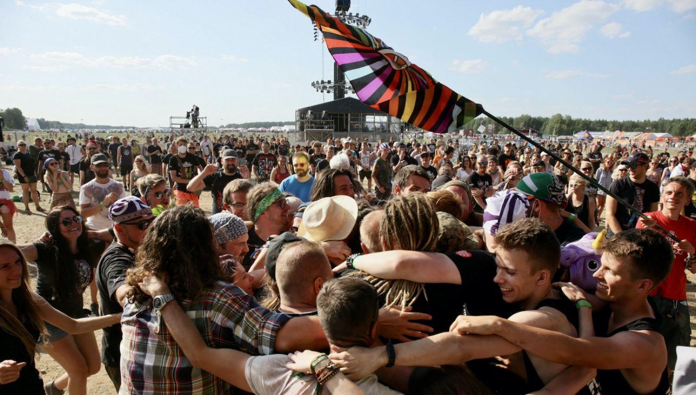 Festiwal odbywa się lotnisku Makowice w woj. zachodniopomorskim (fot. PAP/Lech Muszyński, zdjęcie ilustracyjne)