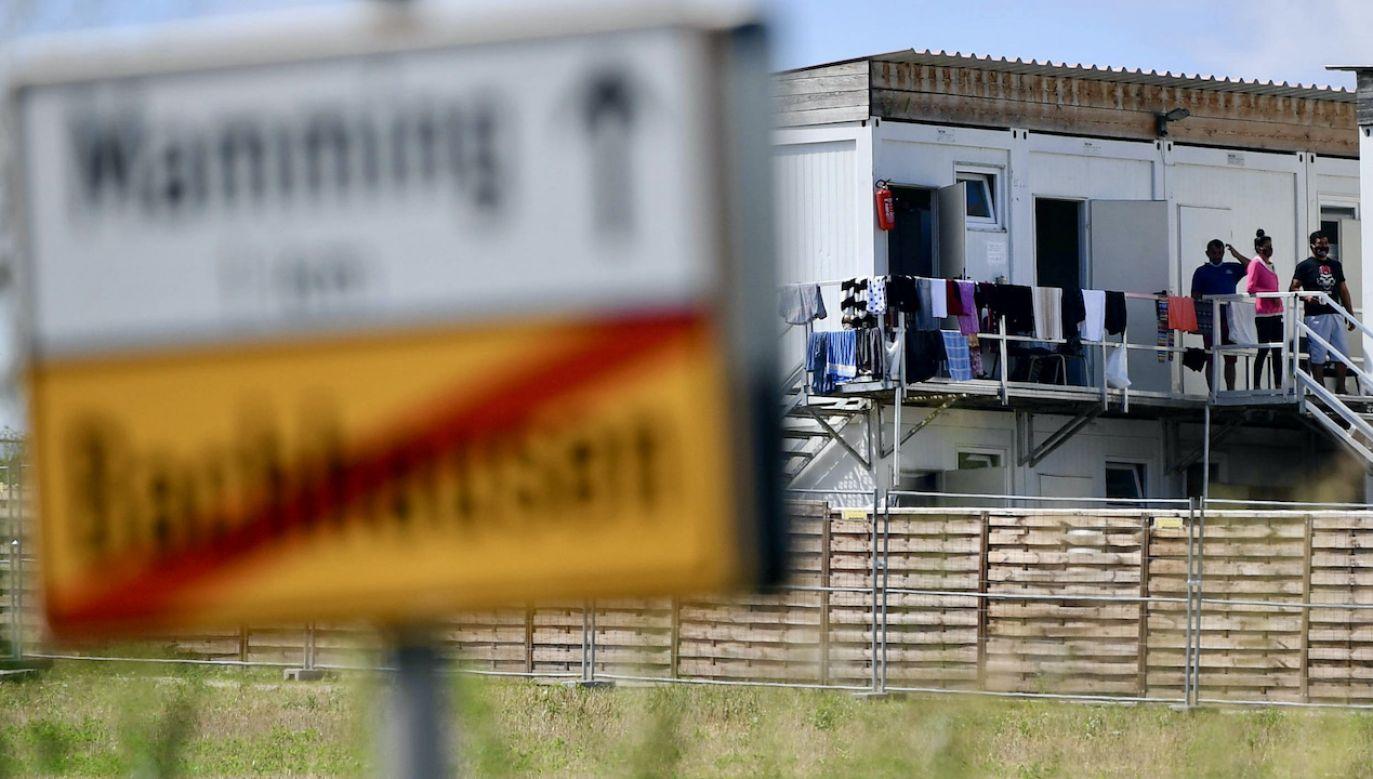 Gdy brakuje rąk do pracy, Niemcy coraz bardziej stawiają na imigrantów (fot. arch.PAP/EPA/PHILIPP GUELLAND)
