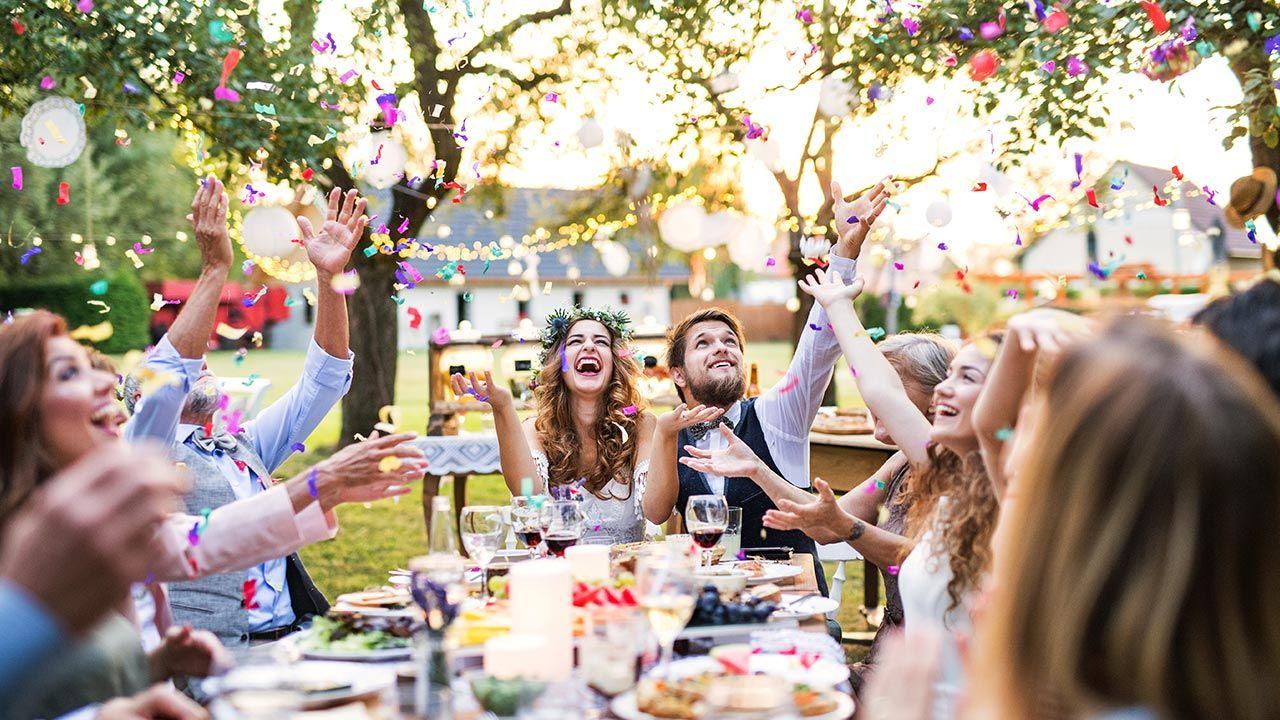Pandemia doprowadziła do najniższej od 20 lat liczby rozwodów i separacji (fot. Shutterstock)
