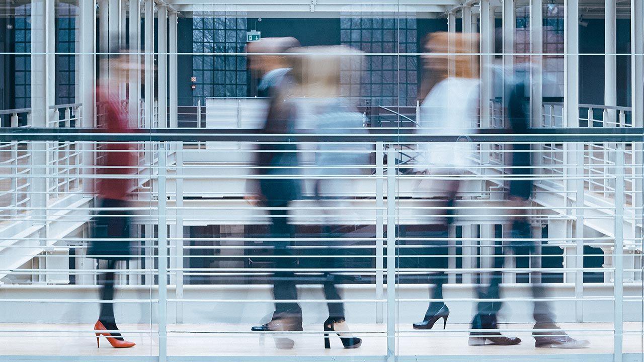 Ostateczna kwota jaka pozostanie w firmach z Tarczy FPR 1.0 wyniesie ok. 40 mld zł fot. Shutterstock/Photographee.eu)