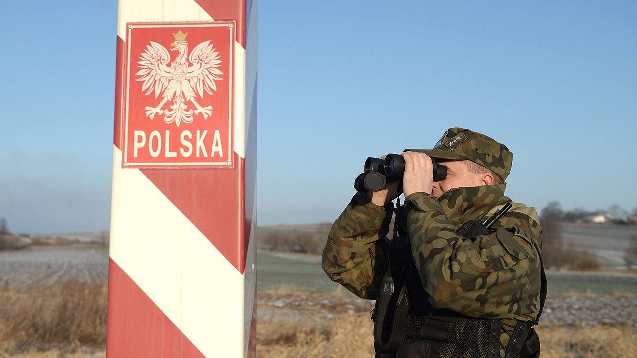 Wartość kontrabandy została oszacowana na blisko 27,6 mln zł. (fot. PAP/Darek Delmanowicz)