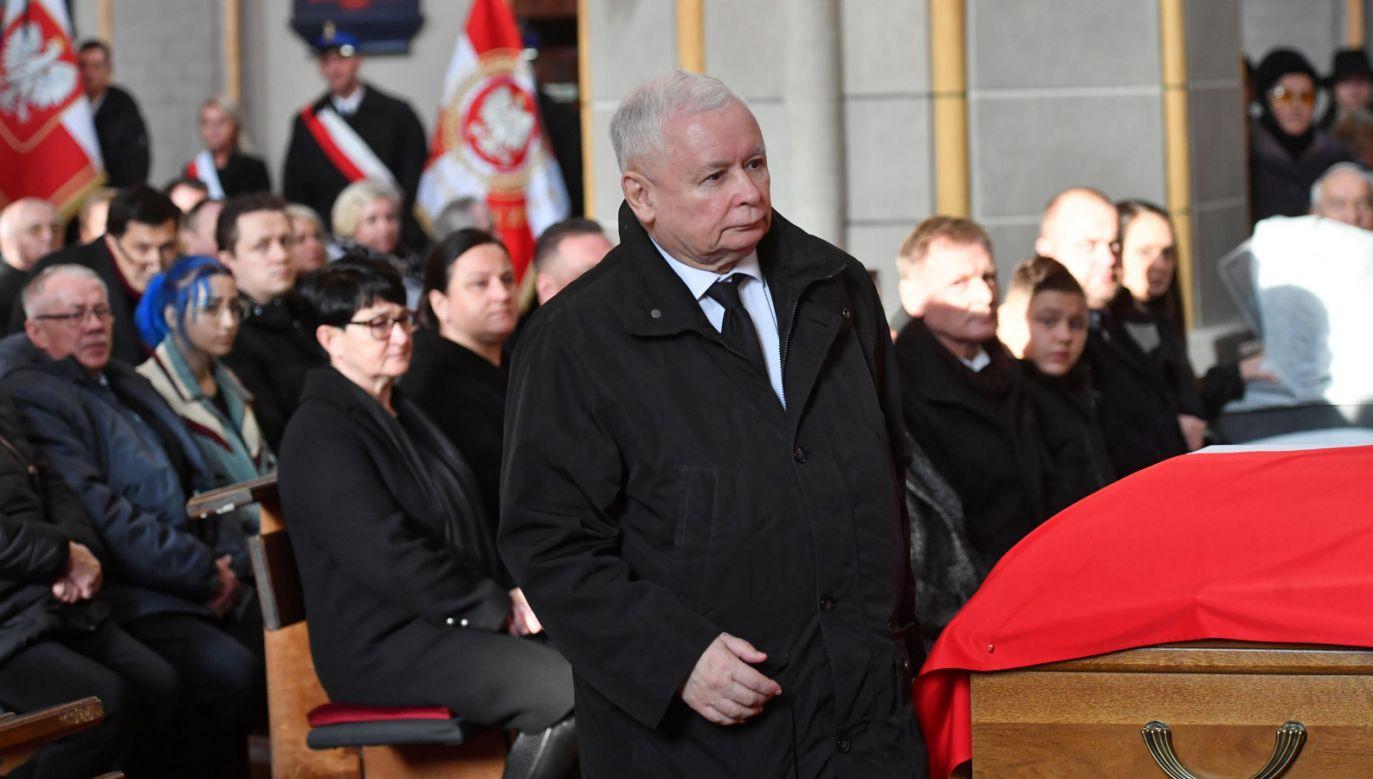W Białogardzie trwają w sobotę uroczystości pogrzebowe posła PiS (fot. PAP/Marcin Bielecki)