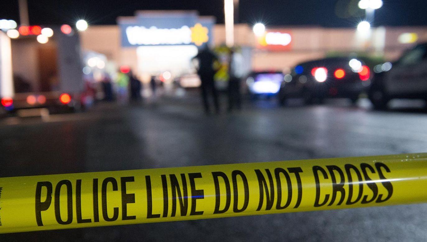 Podejrzani uciekli z miejsca zdarzenia (fot. EPA/TRACIE VAN AUKEN)