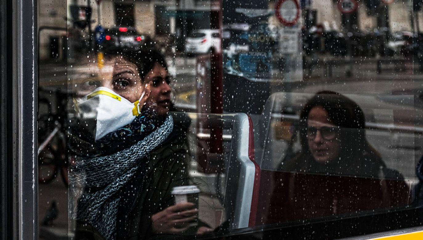 Konieczne jest m.in. przestrzeganie zasad higieny (fot. Roberto Silvino/NurPhoto via Getty Images)