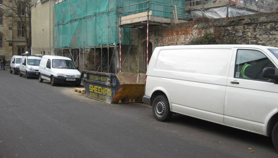 Kierowca białego vana to stan umysłu (fot. Wiki 3.0/Kaihsu Tai)