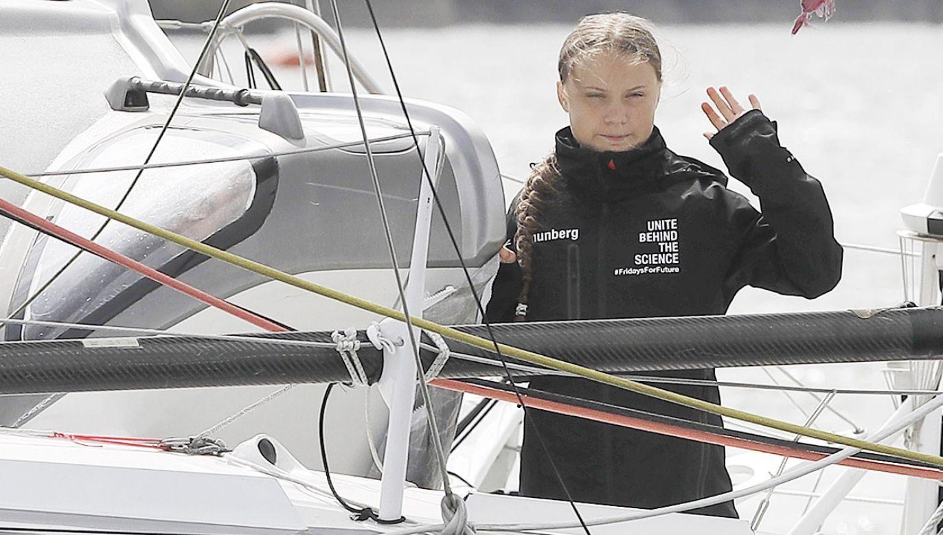 """""""Jacht oceaniczny Malizia II ma przetransportować aktywistkę z brytyjskiego Plymouth do Nowego Jorku"""" – podaje niemiecki dziennik (fot. PAP/EPA/Kirsty Wigglesworth / POOL)"""