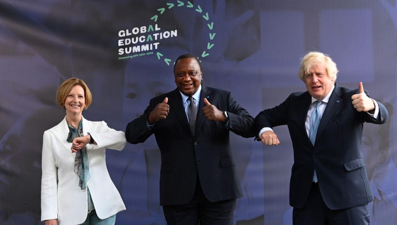 Była premier Australii Julia Gillard, prezydent Kenii Uhuru Muigai Kenyatta i premier Wielkiej Brytanii Boris Johnson(fot. PAP/EPA/ANDY RAIN / POOL)