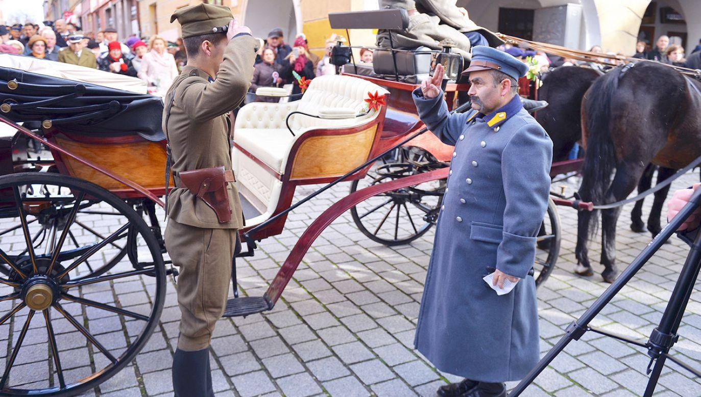 Na ulice naszych miast wyjdą tysiące Polaków, którzy wspólnie będą obchodzić to wyjątkowe święto (fot. Urząd Miejski w Jaworze)