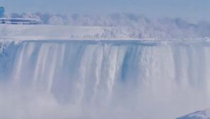 Częściowo zamarznięty wodospad Niagara zachwyca internautów (fot. EBU/Nasim Yusufi)