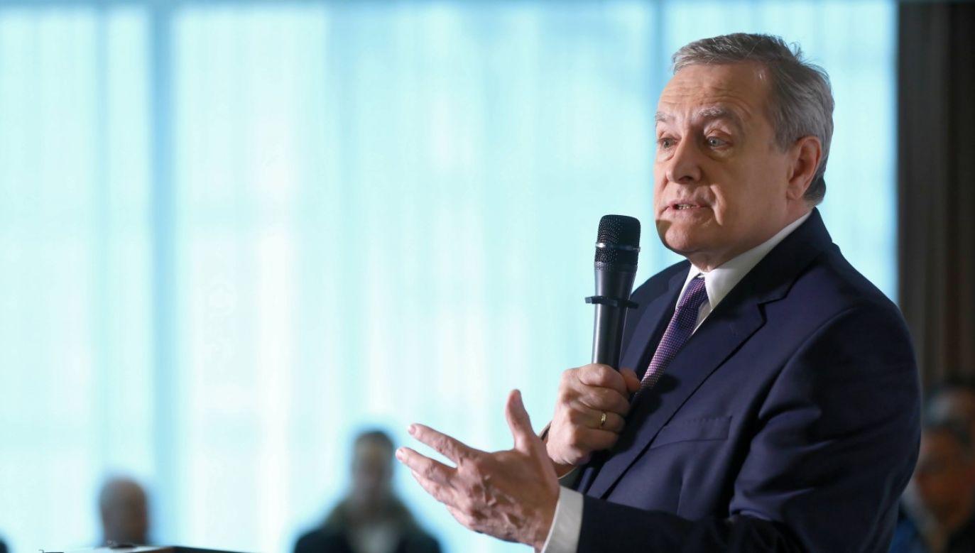 Minister Kultury i Dziedzictwa Narodowego prof. Piotr Gliński w piątek poinformował o uruchomieniu programu pomocowego (fot. arch. PAP / Rafał Guz)