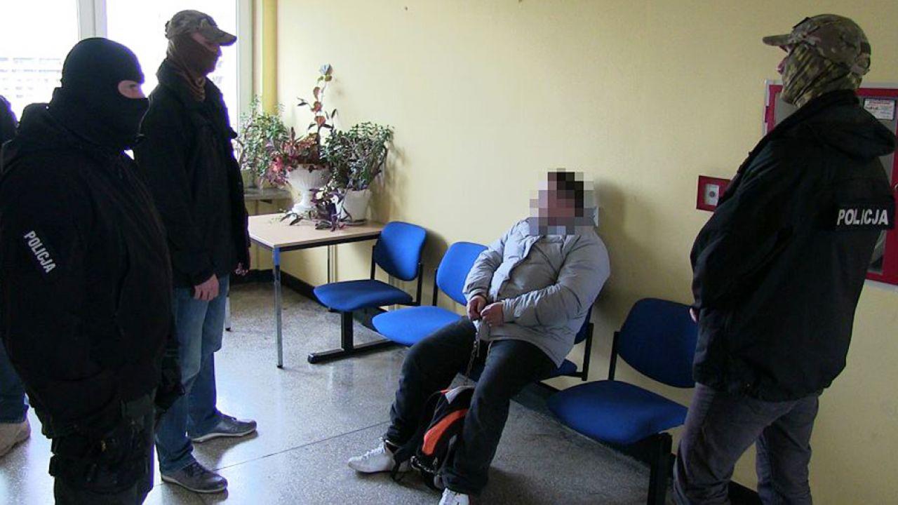 Do ujęcia mężczyzny doprowadziły przeprowadzone po raz pierwszy na świecie badania 3D fragmentów skóry zamordowanej(fot. malopolska.policja.gov.pl)