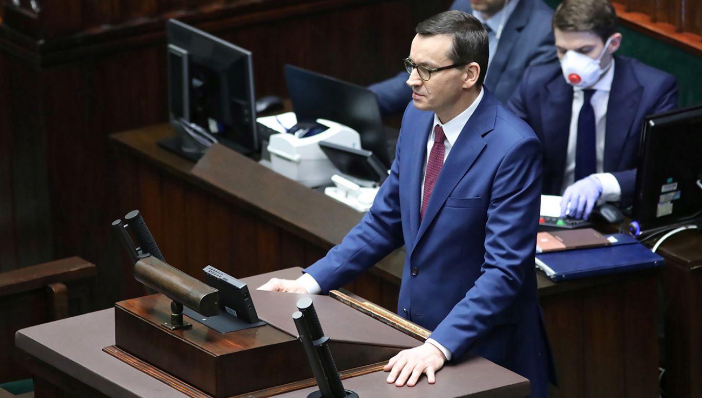 """""""Rozwiązania w tarczy antykryzysowej to nie jest nasze ostatnie słowo""""  (fot. PAP/Leszek Szymański)"""