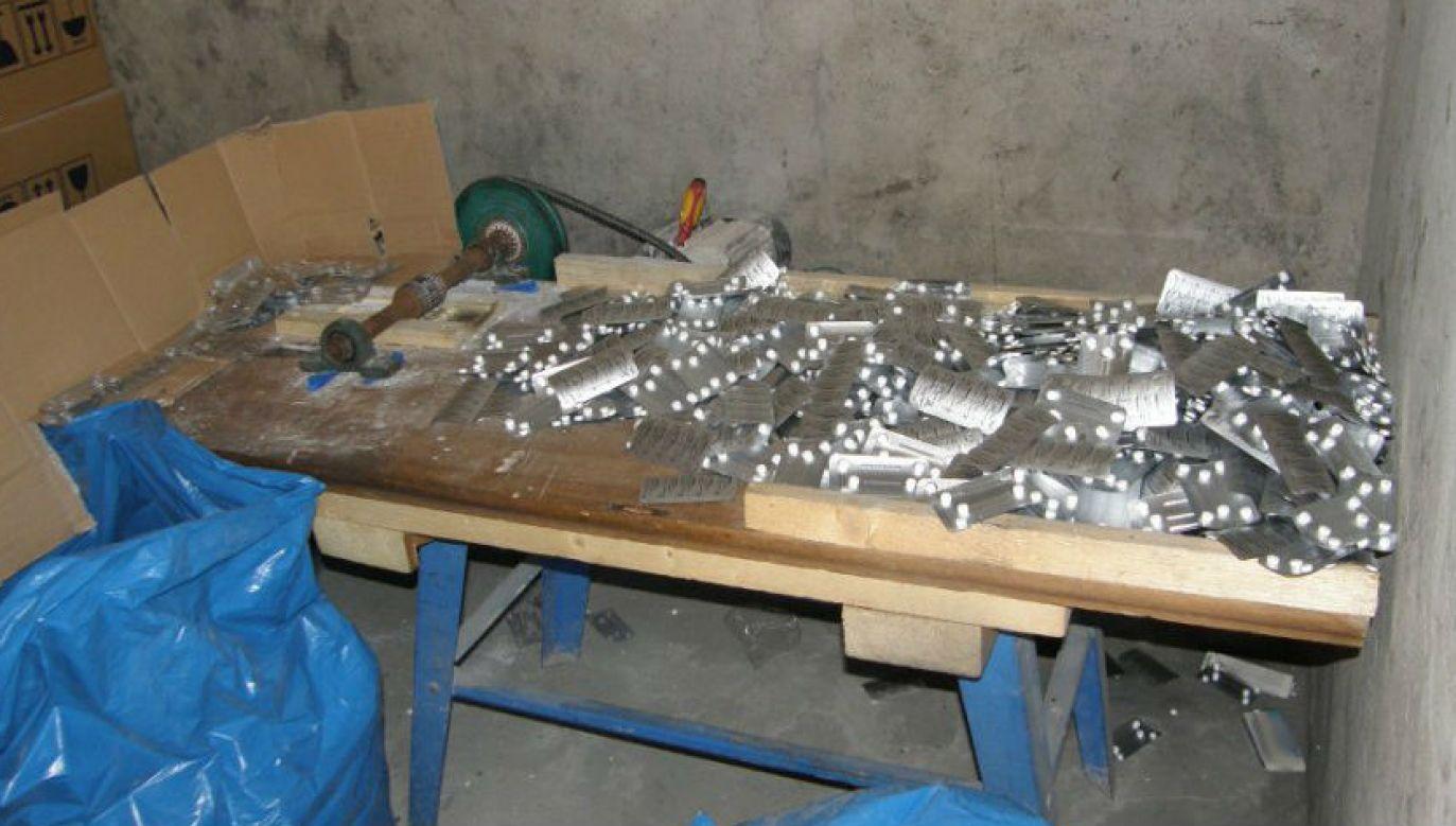 W Czechach metamfetamina produkowana jest m.in. z leków na katar (fot. CBŚP, zdjęcie ilustracyjne)