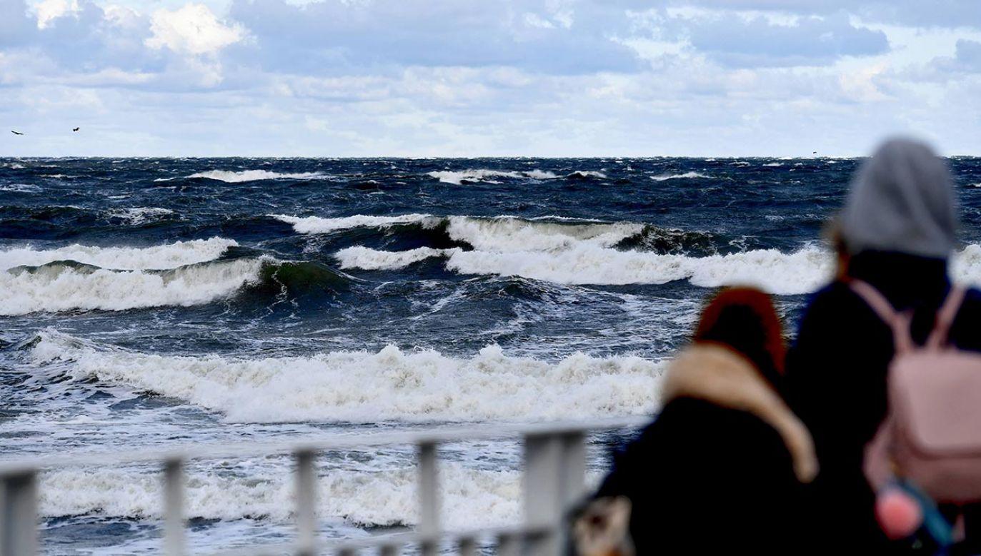 Instytut Meteorologii i Gospodarki Wodnej wydał ostrzeżenie (fot. PAP/Marcin Bielecki)