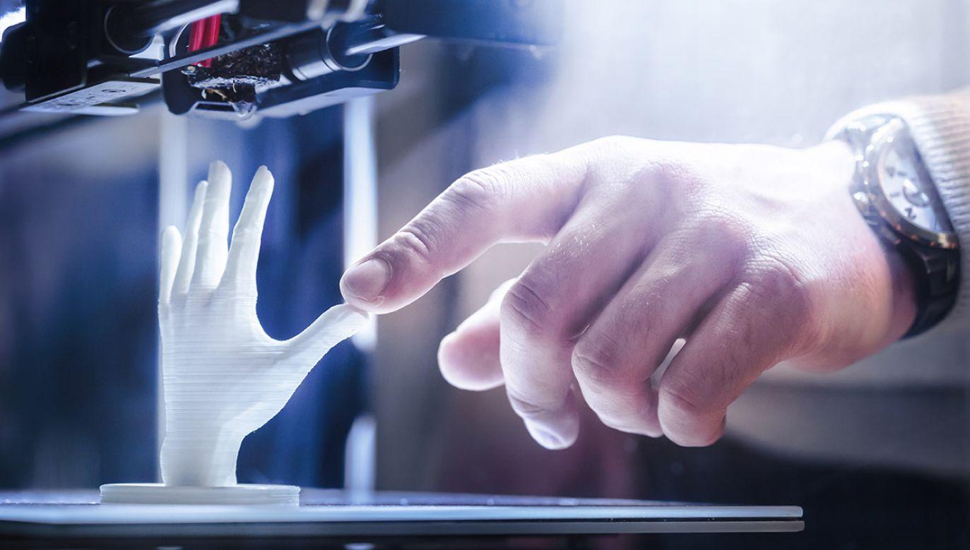 Naukowcy, oprócz tego, że zdołali dodać obwody do wydruków 3D, to uzyskali materiał o doskonałych parametrach (fot. Shutterstock/FabrikaSimf)
