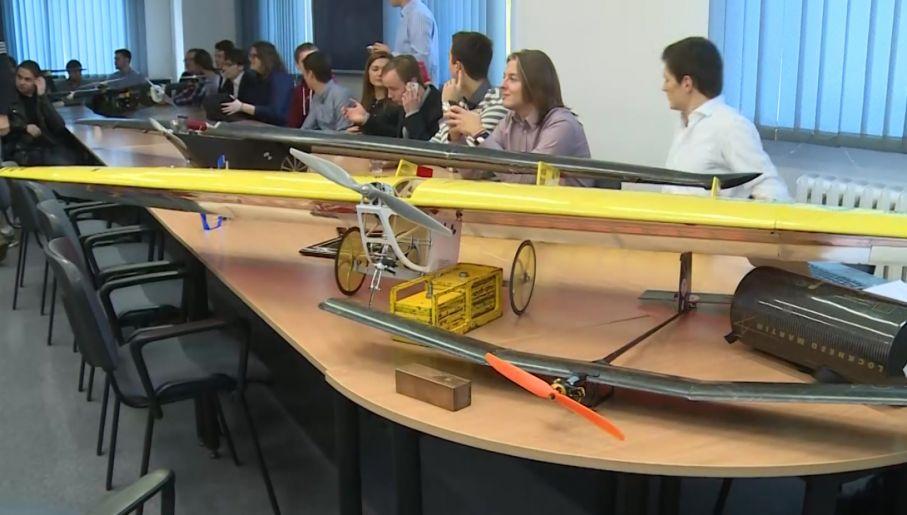 Samoloty bezzałogowe zajęły trzy pierwsze miejsca w zawodach SAE Aero Design