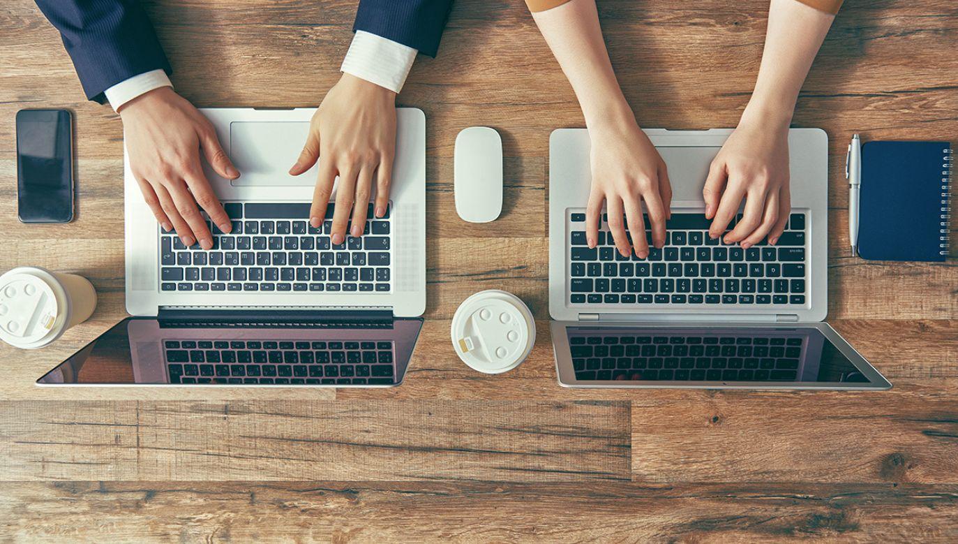 Temperatura wpływa na produktywność pracowników (fot. Shutterstock/Yuganov Konstantin)