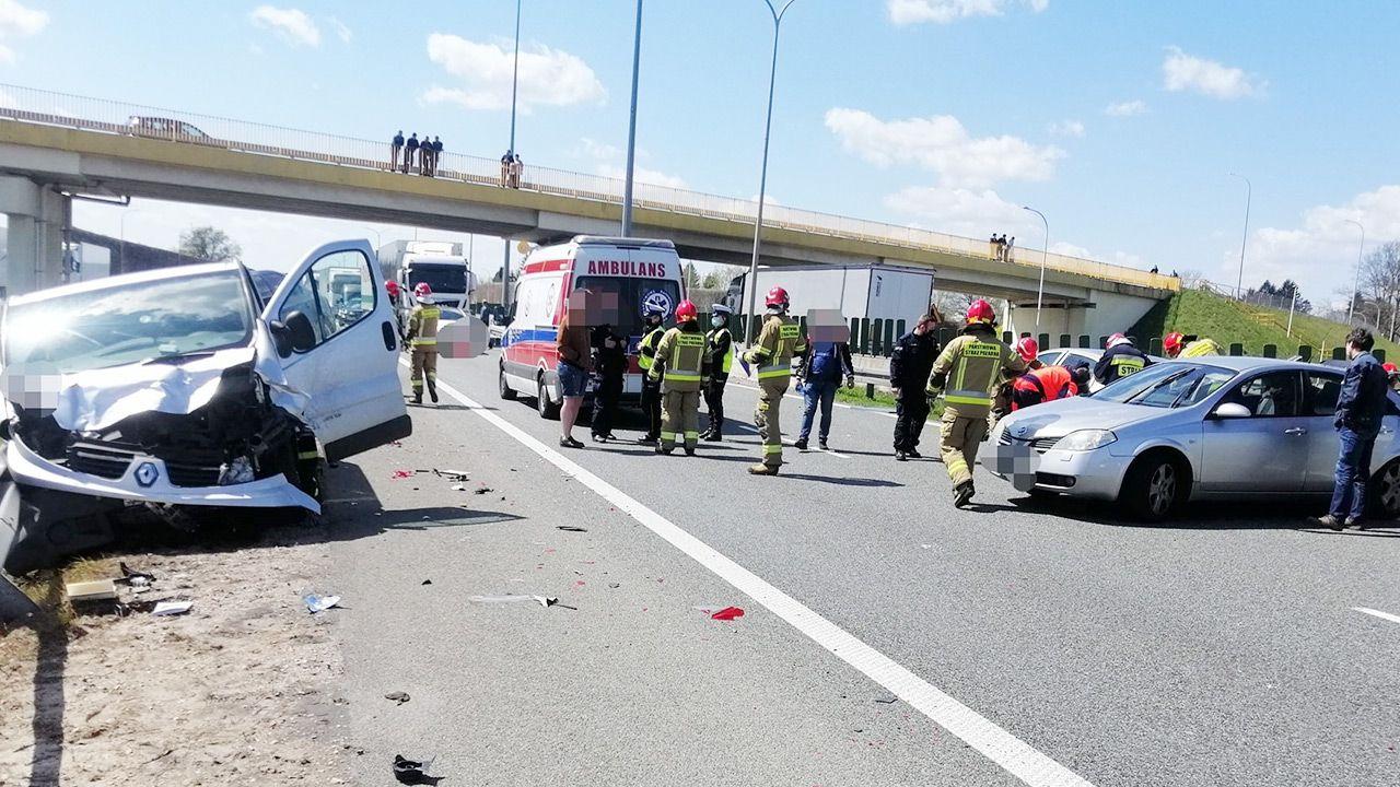 Do wypadku doszło za zjazdem z S8 do Niegowa (fot. PAP/KPP Wyszków)