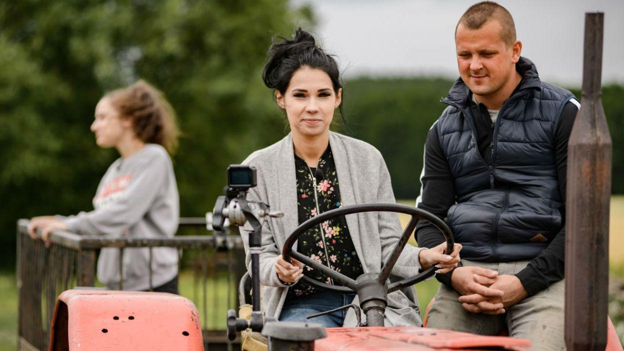 Mimo niezręcznych pytań i szczerych odpowiedzi Seweryn postanowił poznać bliżej zarówno Marlenę jak i Dianę (fot. P. Matey/TVP)