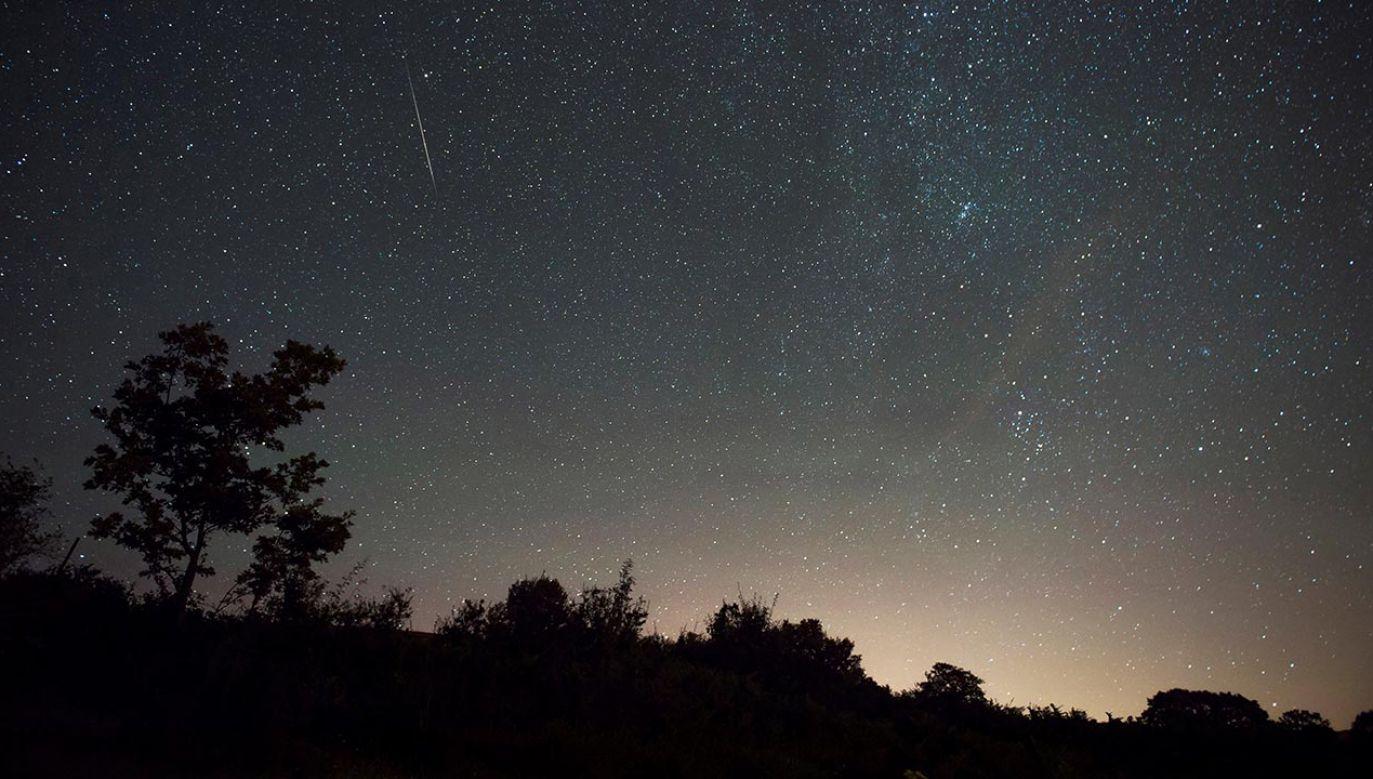 Obiekt widziany był w różnych częściach Półwyspu Iberyjskiego (fot.  PAP/EPA/PEDRO PUENTE HOYOS, zdjęcie ilustracyjne)