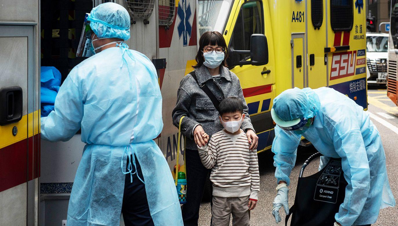 Jak dotąd stwierdzono blisko 650 zachorowań i 18 przypadków śmiertelnych (fot. Miguel Candela/SOPA Images/LightRocket via Getty Images)