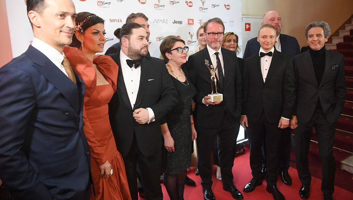 Siedem statuetek otrzymały gwiazdy i produkcje Telewizji Polskiej (fot.  PAP/Radek Pietruszka)