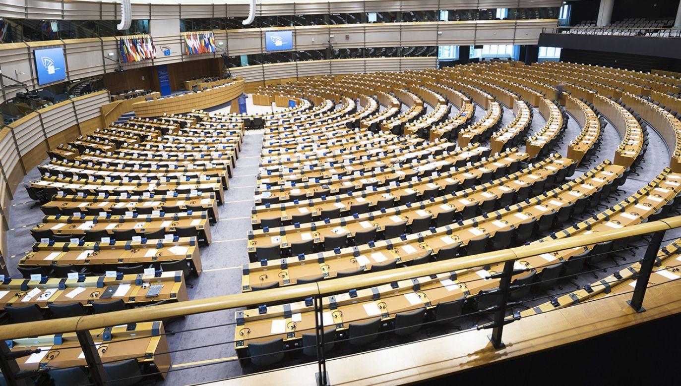 W przyszłym tygodniu Parlament Europejski po raz pierwszy w historii przeprowadzi głosowania online (fot. Shutterstock/Six Dun)
