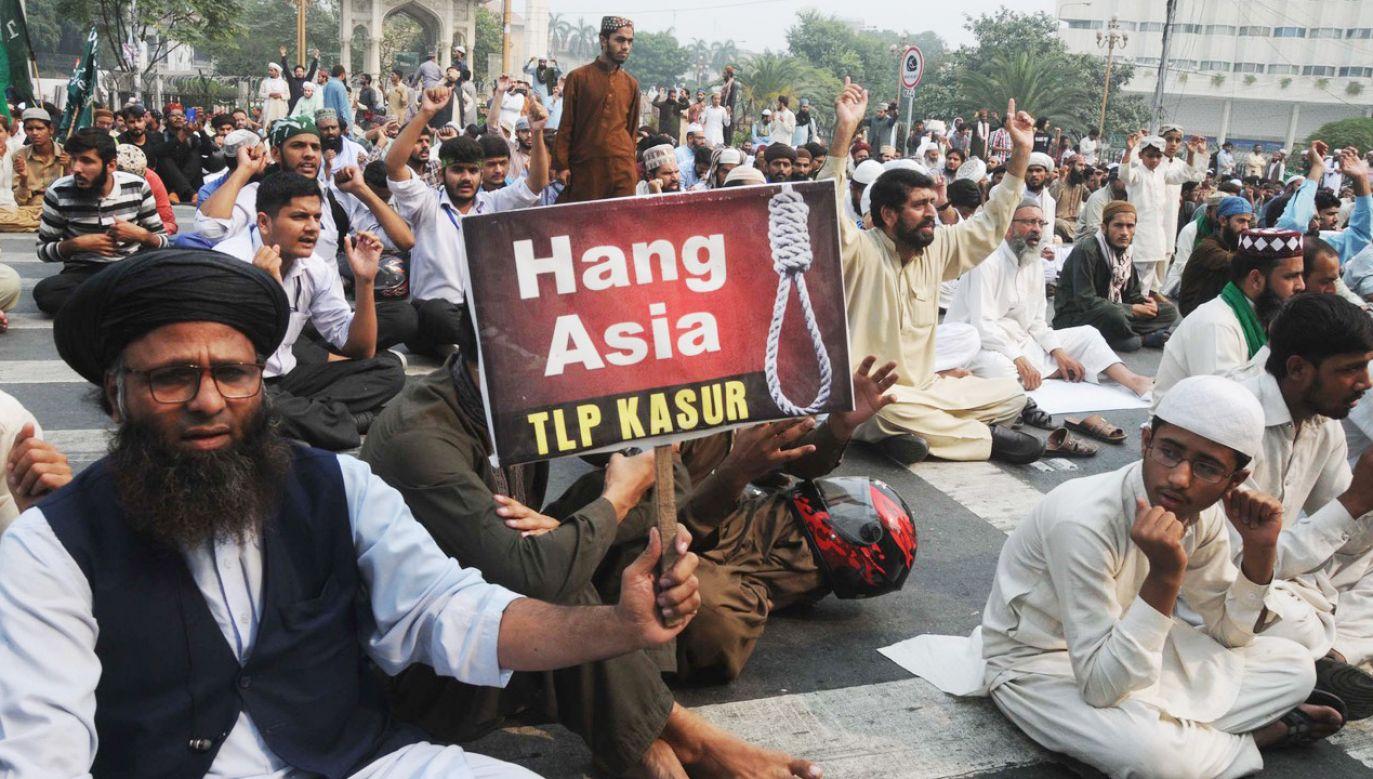 Asii Bibi spędziła w więzieniu prawie 10 lat, niesłusznie oskarżona o bluźnierstwo przeciwko Mahometowi (fot. Irfan Chudhary / Barcroft Media via Getty Images / Barcroft Media via Getty Images)