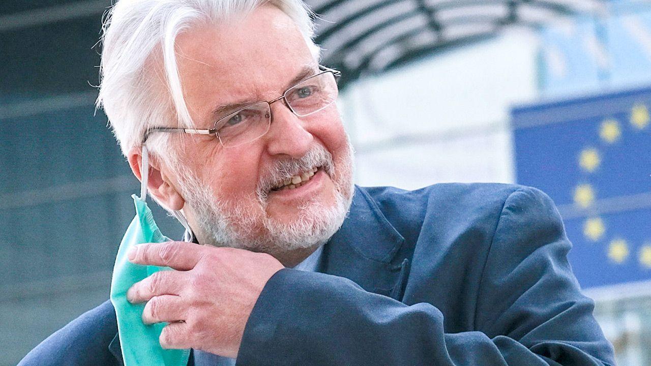O sytuacji poinformował europoseł PiS Witold Waszczykowski (fot. PAP/EPA/OLIVIER HOSLET)