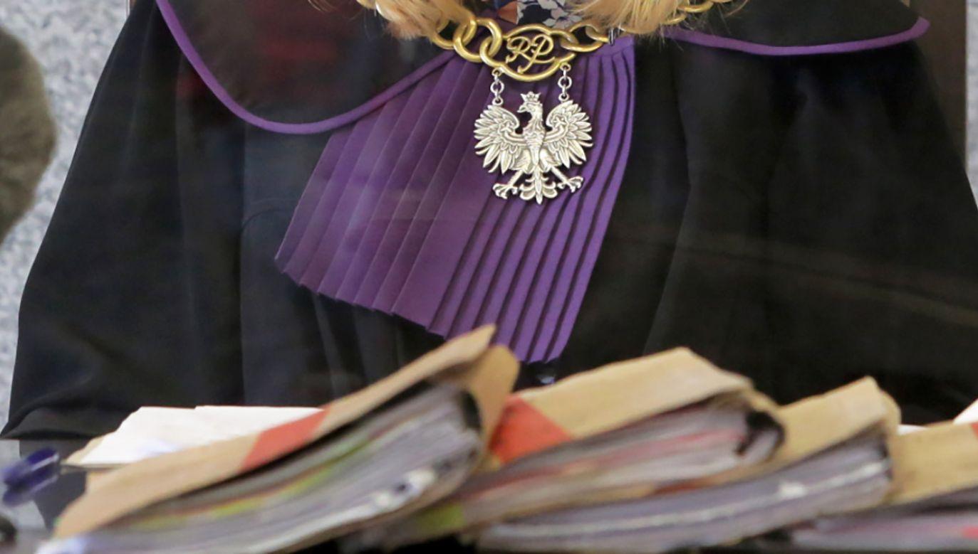 Sąd Apelacyjny w Poznaniu obniżył karę dwóch oskarżonych (fot. PAP/Tomasz Waszczuk, zdjęcie ilustracyjne)