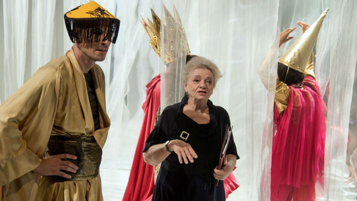 Spektakl na podstawie dziecięcego wierszyka wyreżyserowała w Teatrze Narodowym Anna Seniuk (fot. Jan Bogacz/TVP)